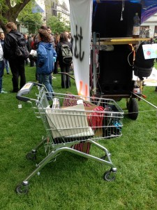MONSANTO-DEMO-TROLLEY